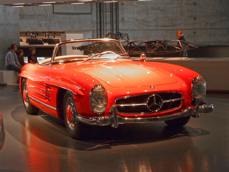 ~ Mercedes-Benz Museum Stuttgart ~