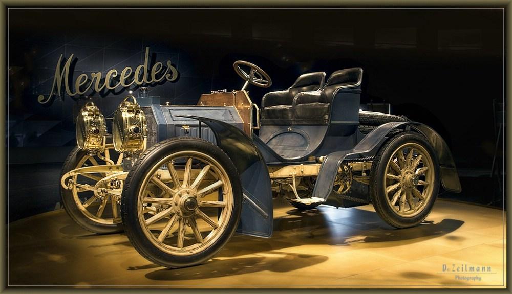 mercedes benz museum v foto bild autos zweir der. Black Bedroom Furniture Sets. Home Design Ideas