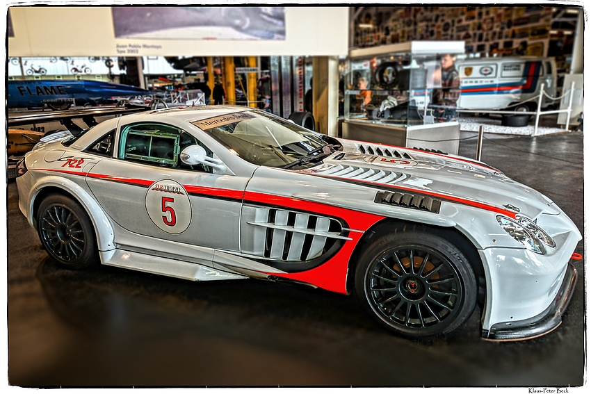 Mercedes Benz SLR McLaren (2)