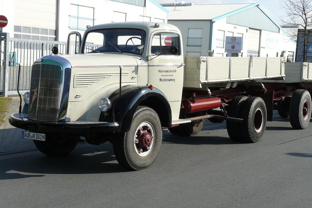 mercedes lkw oldtimer foto bild autos zweir der lastkraftwagen lkw trucks verkehr. Black Bedroom Furniture Sets. Home Design Ideas