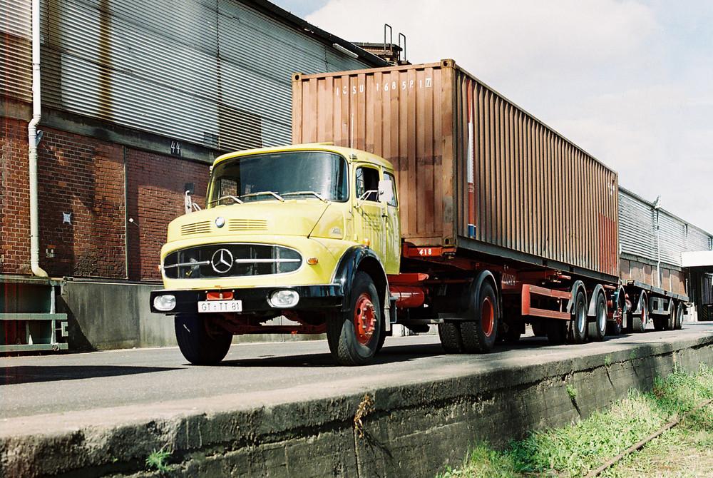 Mercedes Rundhauber im Einsatz