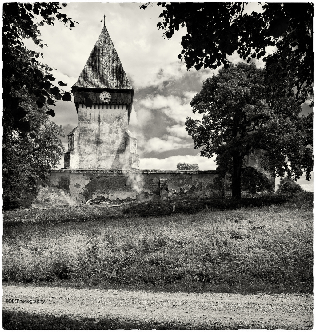 Merghindeal, Romania