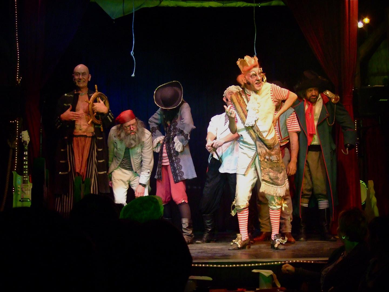 °°° Merlins Wunderland - Eine lustige Bande - die ganze Crew dort ! °°°