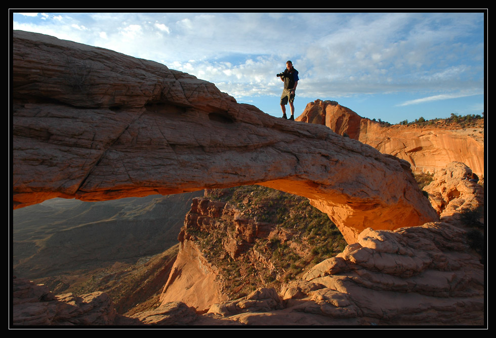 mesa arch with human scale