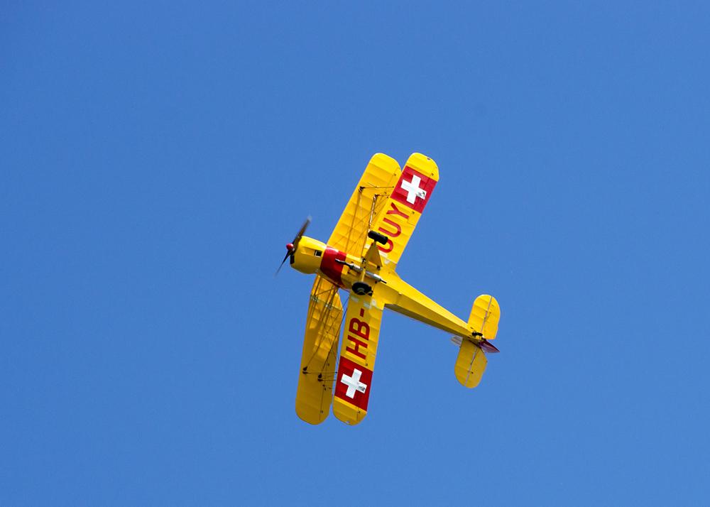 Messerflug der Bücker 131 Jungmann