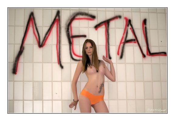 Metal-Braut