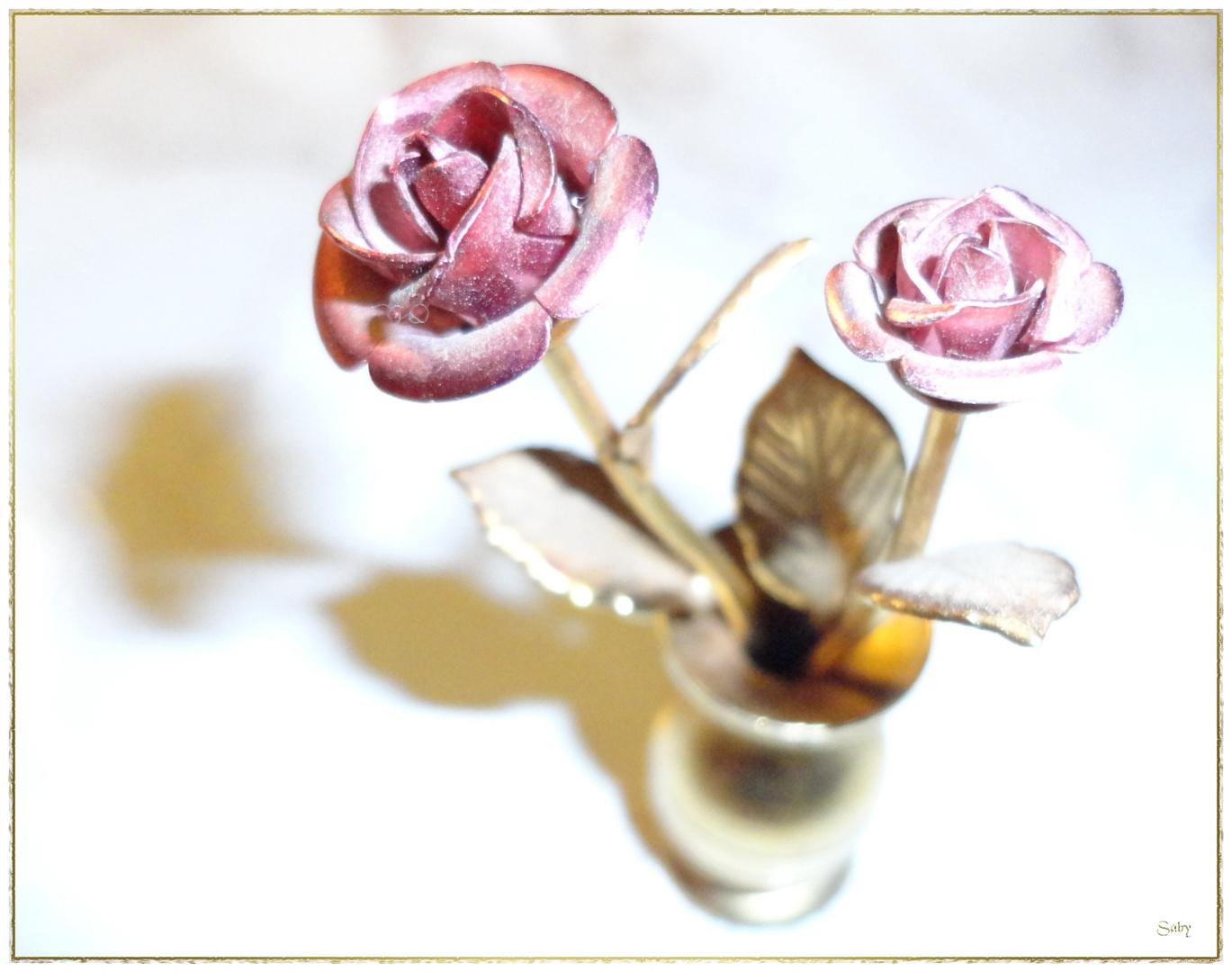 Metall Rose