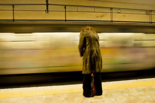 Metro 2-Solitudine