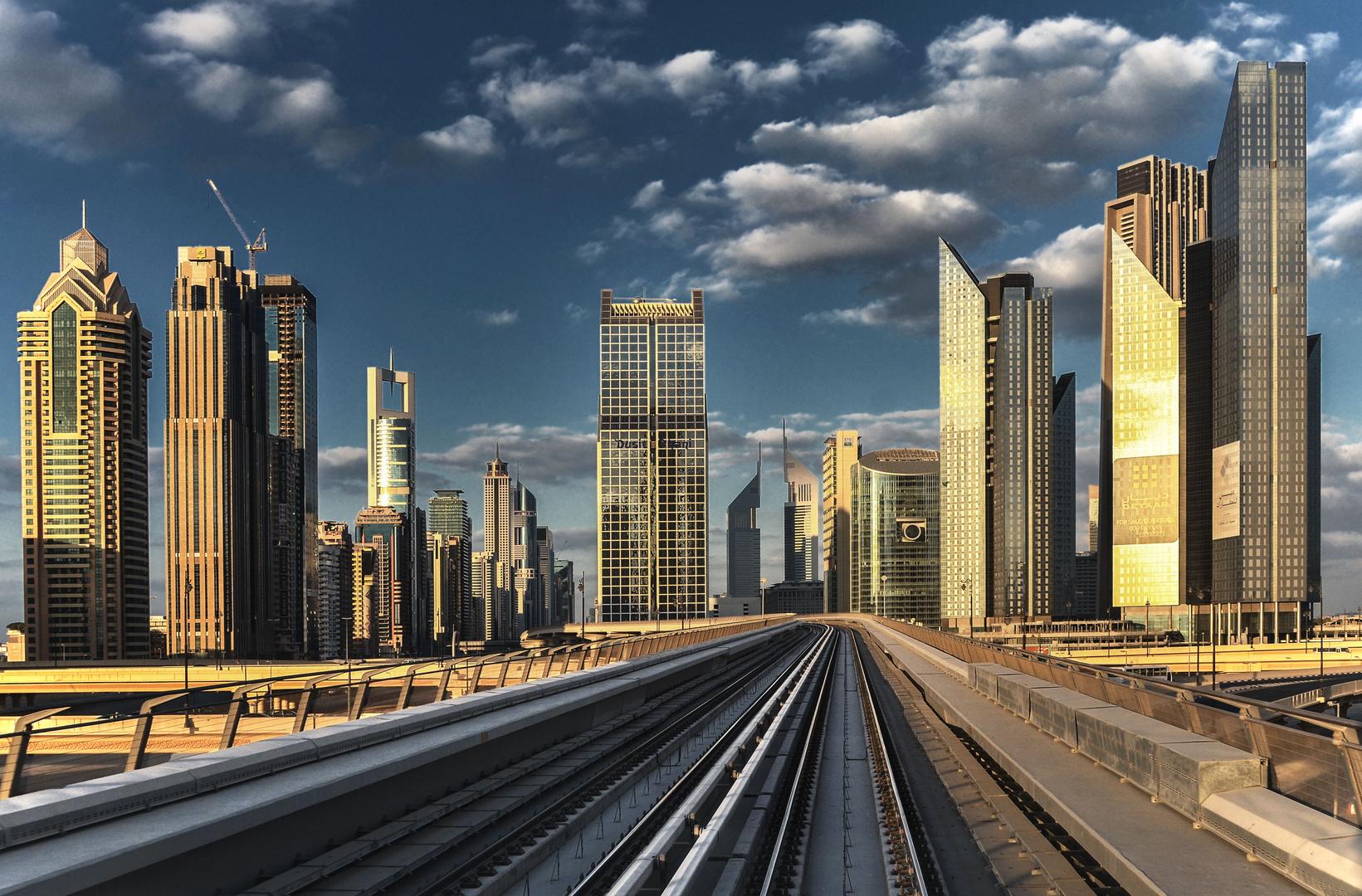 Metro - Dubai (2)