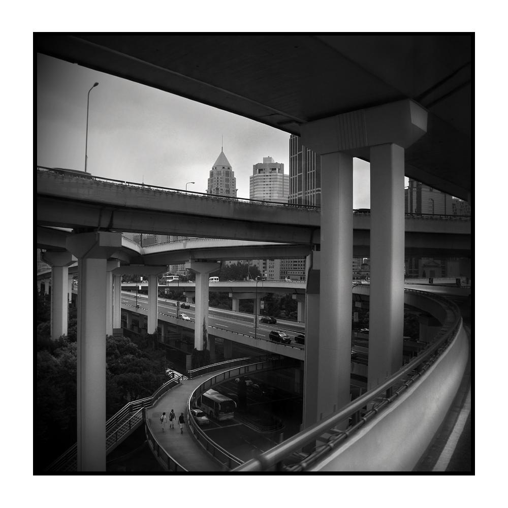 metro | polis -