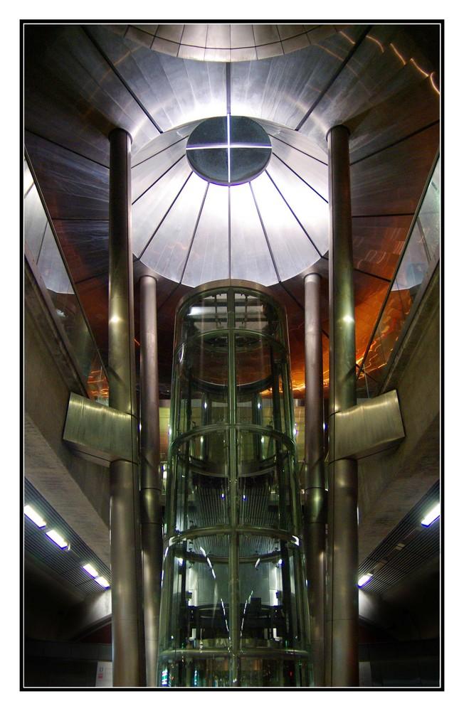 Metro Station der Messe Singapur
