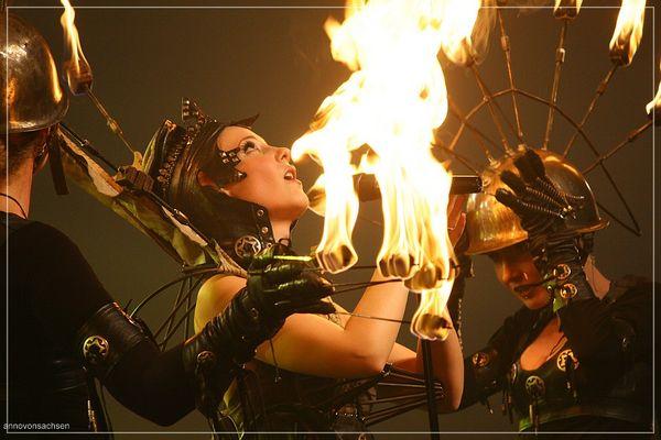 MFVF 7 - Simone Simons - Epica - Under Flames