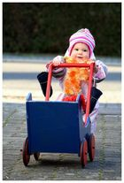 Mia goes shopping 2