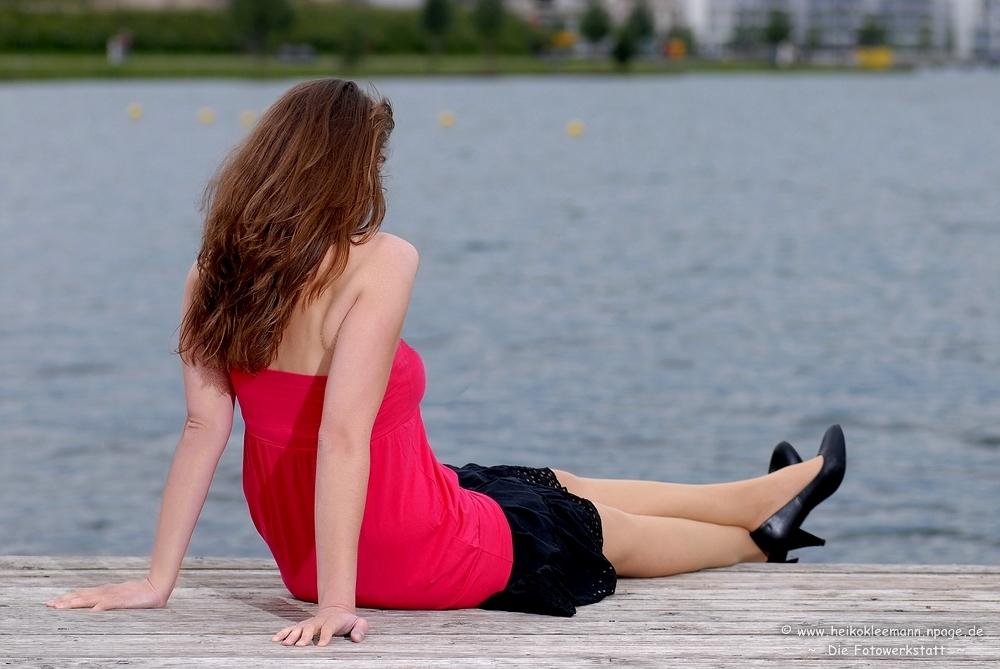 ~ Mia, mit Blick auf den See ~