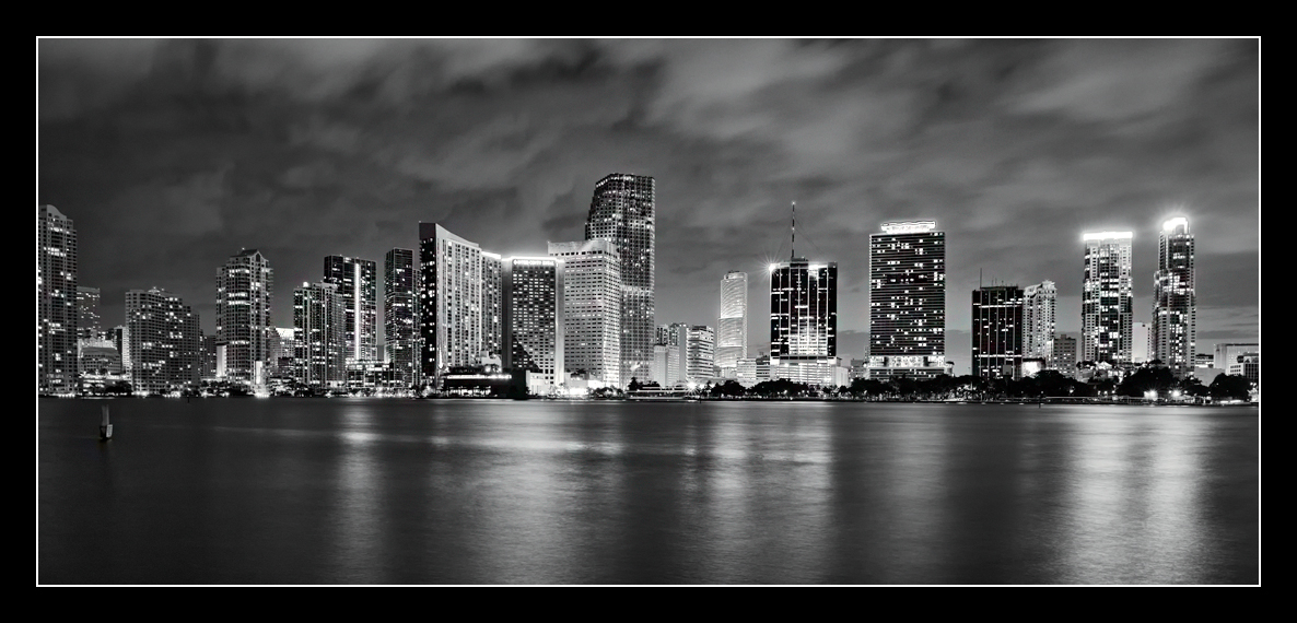 .. Miami - Night ..