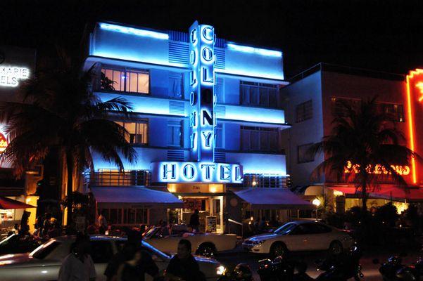 Miami Ocean Drive - Colony Hotel