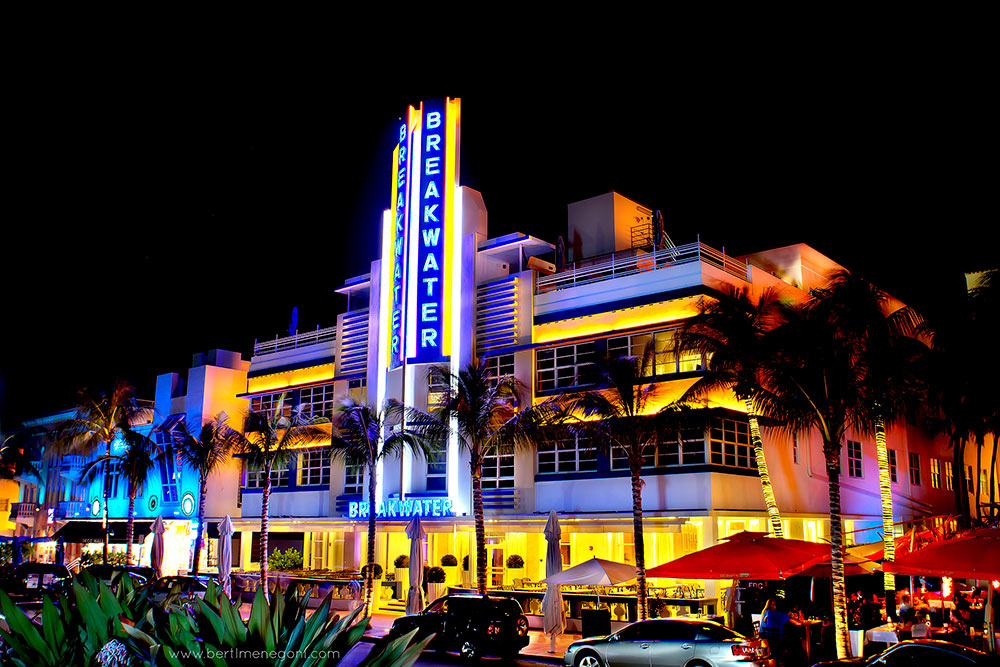 Miami_oceandrive_breakwater