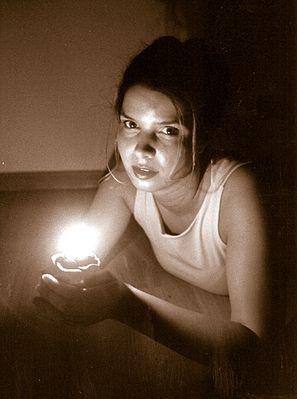 Michaela im Kerzenschein 2