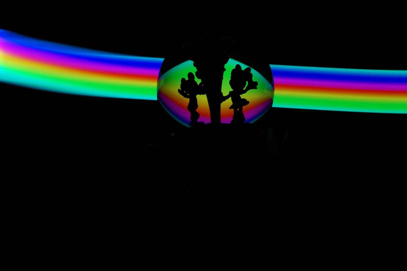 Mickey und Minnie im Regenbogen