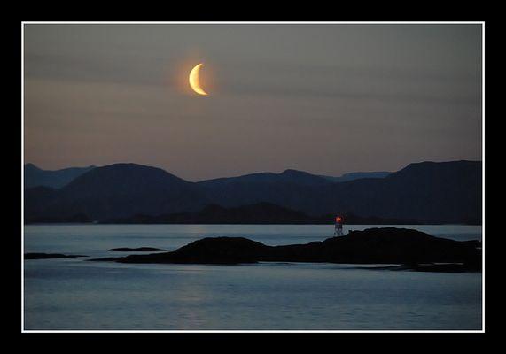 Midnight - Moonrise