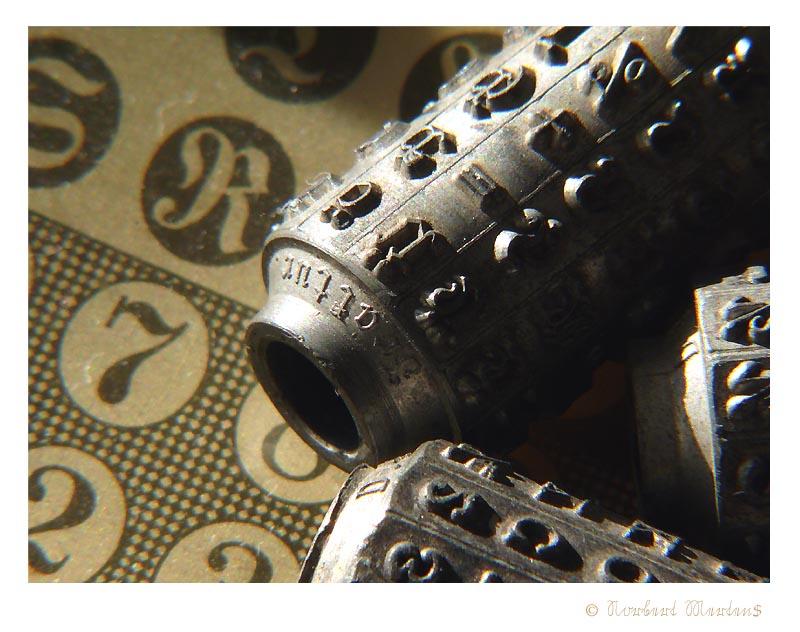 Mignon Schreibmaschine, AEG, Typenzylinder Fraktur