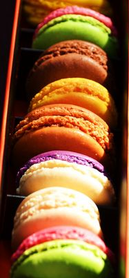 Miiam, macarons ! :D