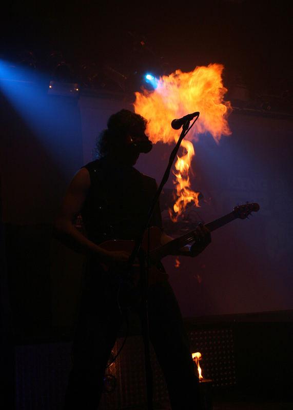 Mikro on fire