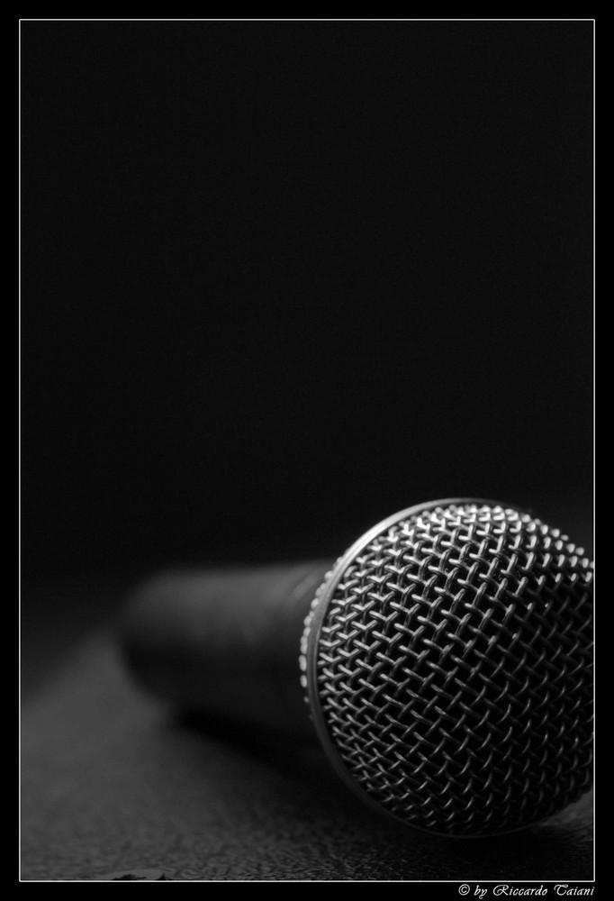 Mikrofon!