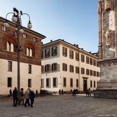 Milano, all'ombra del Duomo