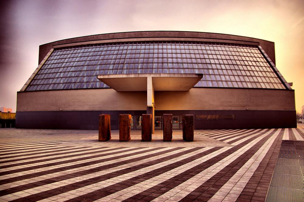 Milano Teatro degli Arcimboldi