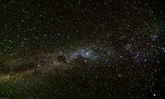 Milchstraße über der australischen Wüste