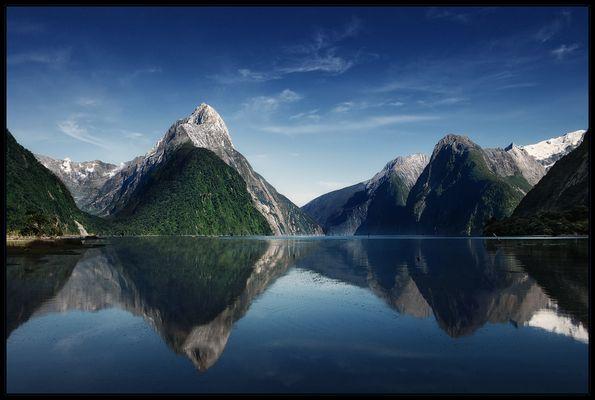 Milford Sound . reload
