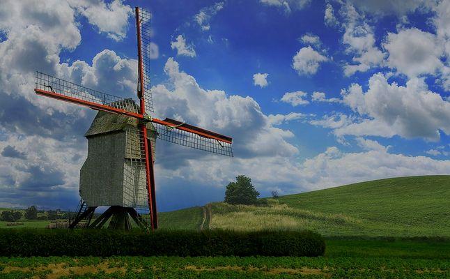 Mill in Flanders fields