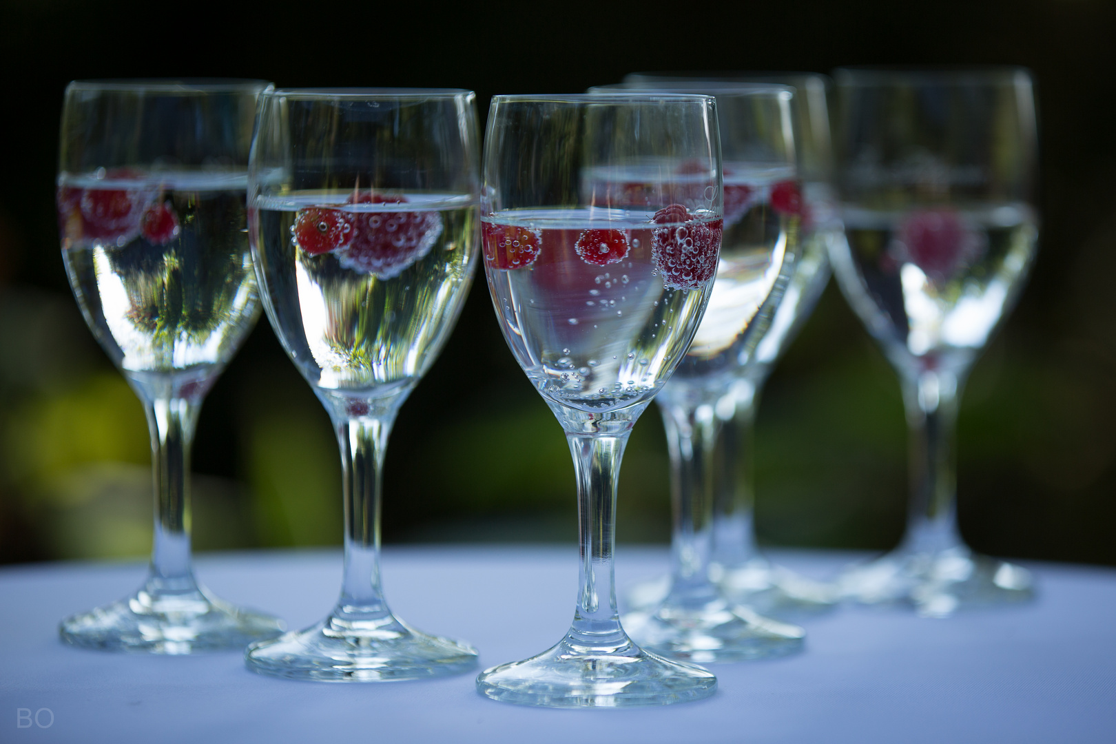 Mineralwasser mit Beeren