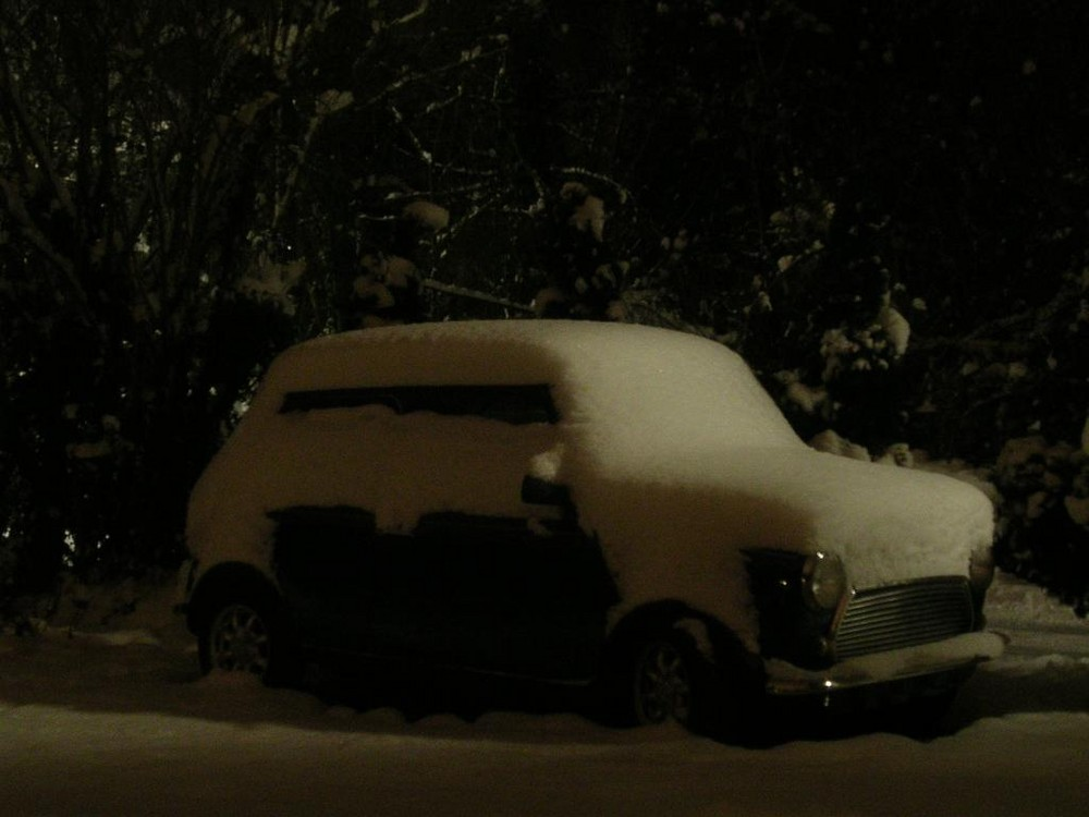 Mini Cooper im Schnee...