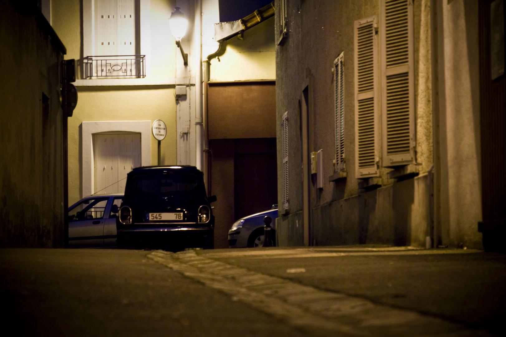 mini... rue...
