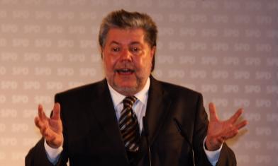 Ministerpräsident Kurt Beck (Rheinland-Pfalz) im Wahlkampf im Münchner Hofbräuhaus