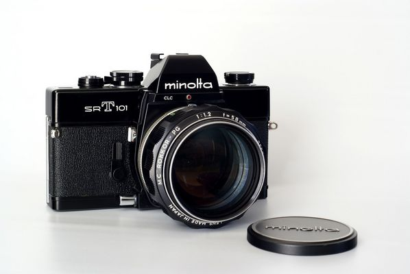 Minolta SR-T 101 mit 1.2/58