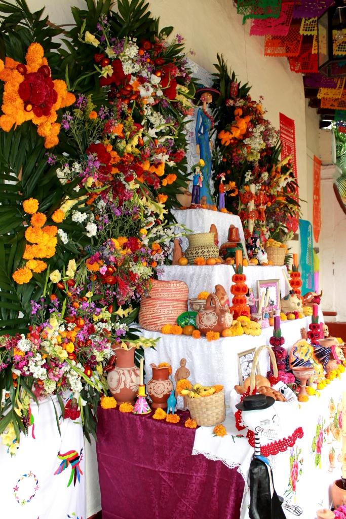 Miquixtli en el Jardìn Borda (Dìas de muertos en Cuernavaca)