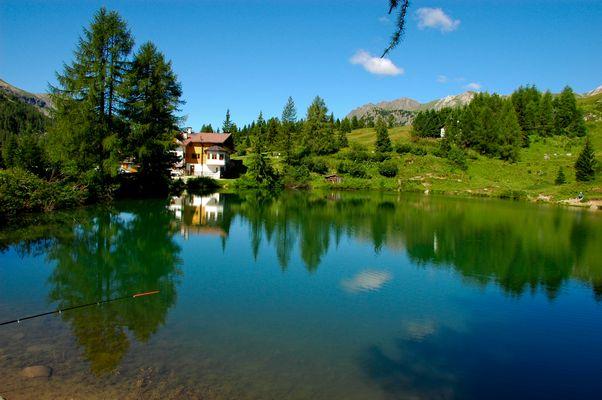 Miralago Passo San Pellegrino Dolomiti