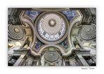 Mirando hacia arriba en el Panthéon 01 (para Venta)