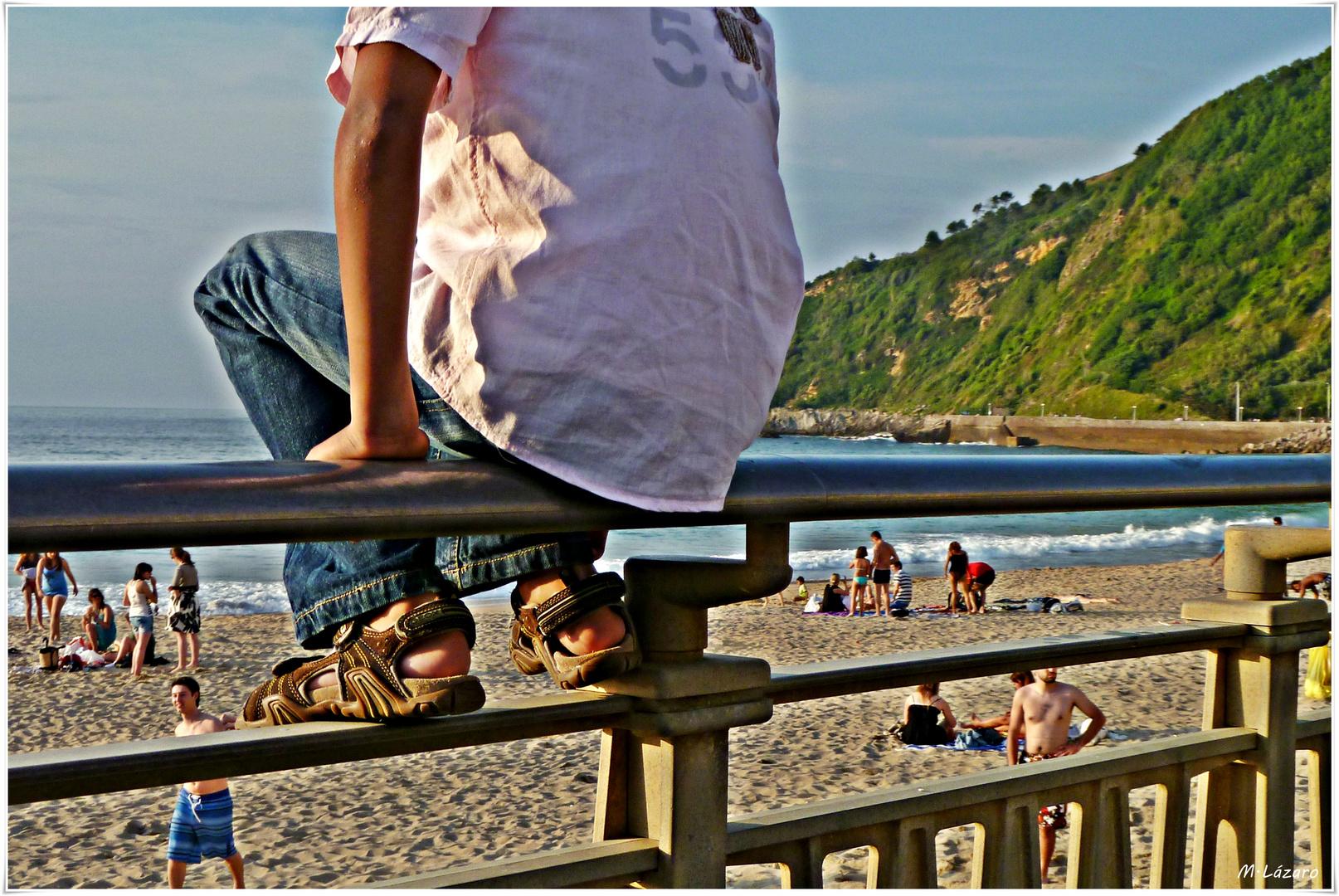 Mirando las olas