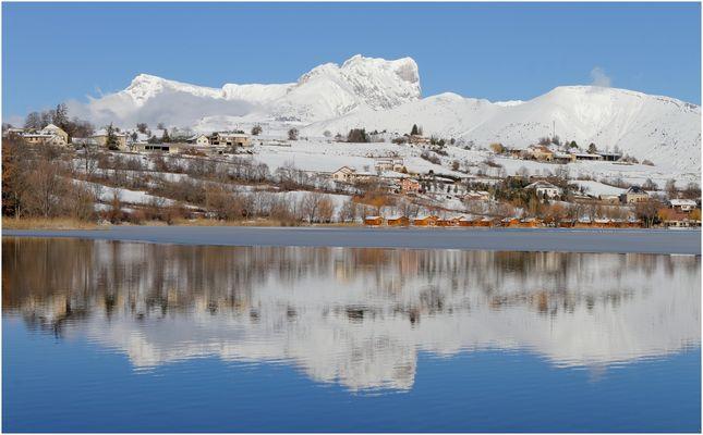 """Miroir du """" Pic de Bure """" ( Hautes-Alpes )"""