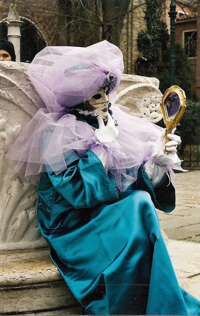 Miroir , ô miroir ...