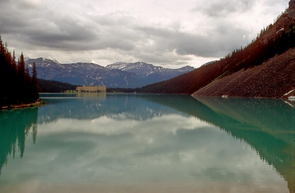 Mirror (Château Lake Louise)