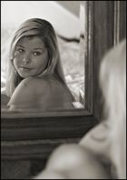 Mirror(2)