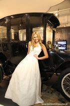 MIss Tourismus Austria - Isabella präsentiert Haute Couture von Schein Design