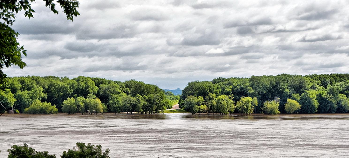 Mississippi beginging of the flood