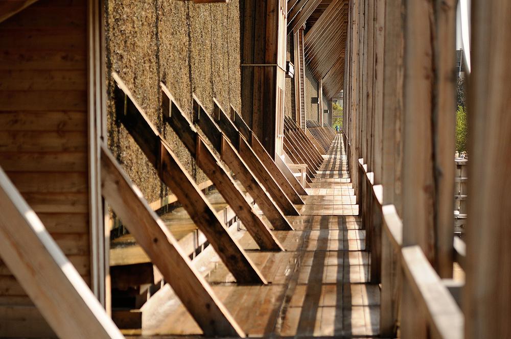 Mit 333 Meter ist das Bad Dürkheimer Gradierwerk (Saline), eines der längsten...