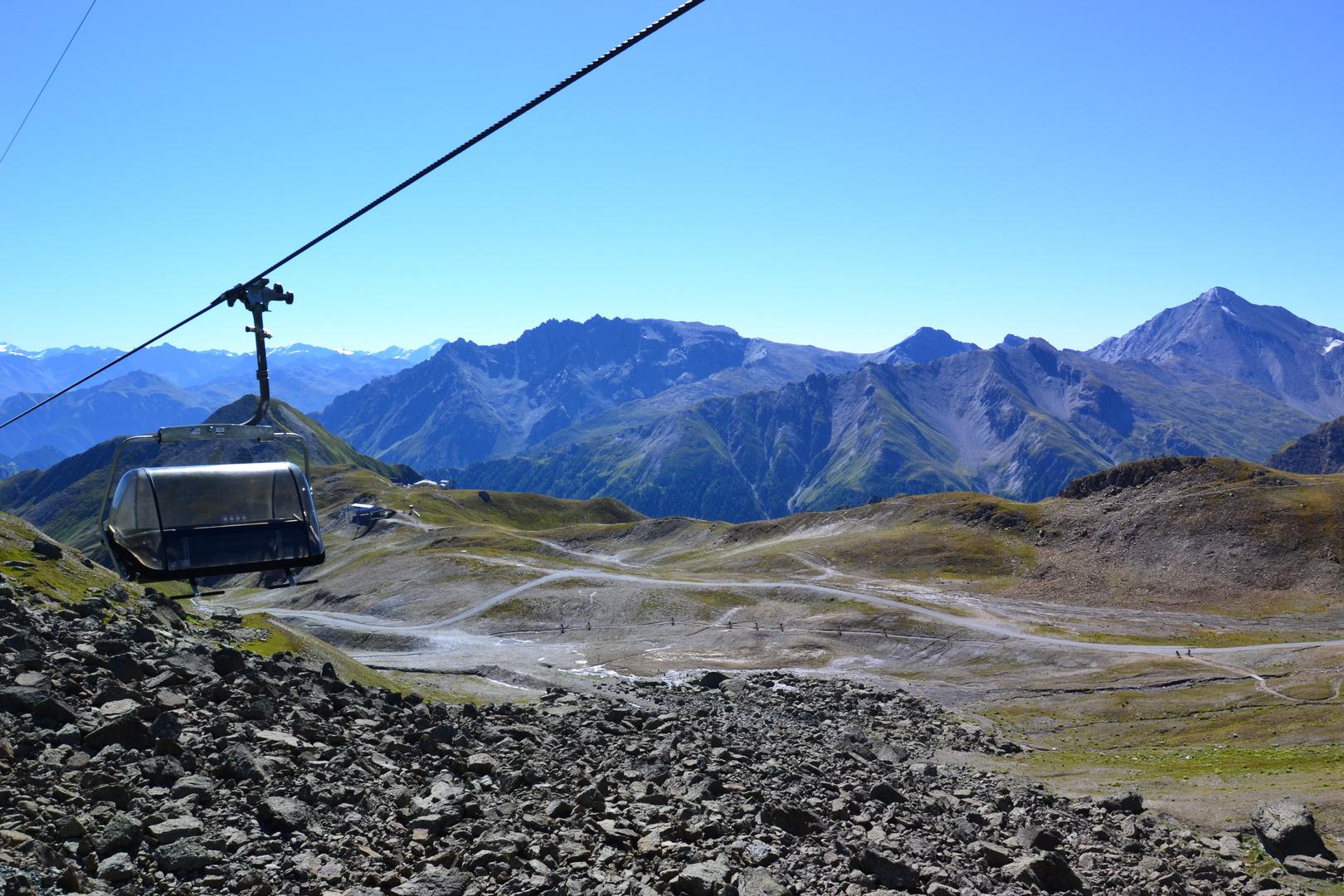Mit 5 Seilbahnen von Tirol in die Schweiz (3)